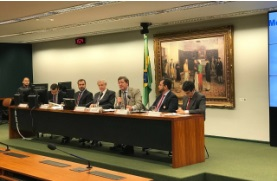 Comissão de Finanças debate contrabando e falsificação de produtos